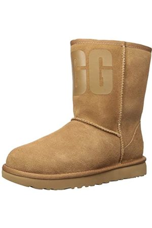 UGG Female Classic Short Rubber Logo Classic Boot