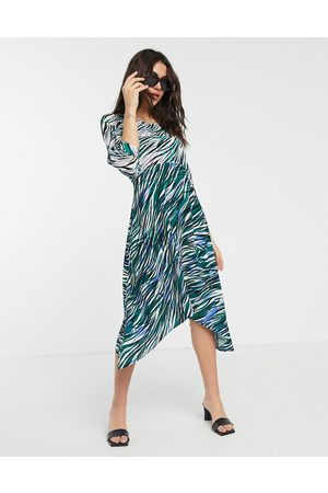 Closet Vestido midi cruzado con manga abullonada y estampado combinado de Closet-Verde