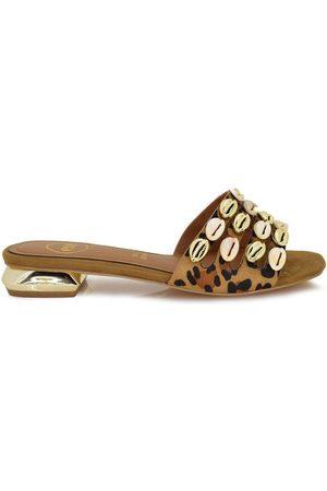 Exé Shoes Sandalias SANDALIA PLANA LEOPARDO CONCHAS HY-202230E para mujer