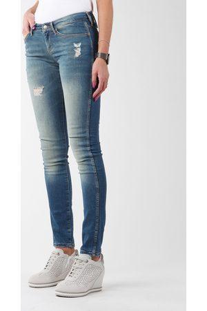 Wrangler Jeans Sandy Blues W23S4072G para mujer