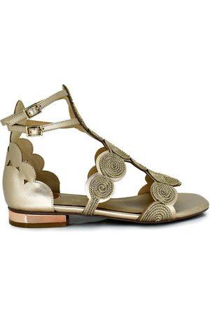 Exé Shoes Sandalias SANDALIA CHAMPAGNE CON DETALLE DORADO AMELIA-505 para mujer