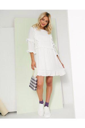 In The Style Vestido skater blanco con detalle de volantes de x Lorna Luxe