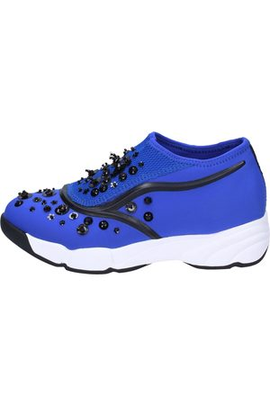 Uma parker Zapatos slip on textil BT562 para mujer