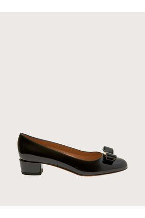 Salvatore Ferragamo Mujer Zapato de salón Vara Talla 35.5