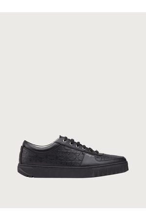 Salvatore Ferragamo Hombre Sneakers Talla 39