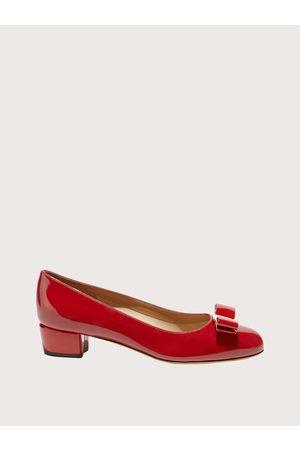 Salvatore Ferragamo Mujer Zapato de salón con lazo Vara Talla 34.5