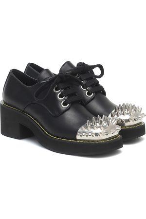 Miu Miu Zapatos Derby de piel adornados