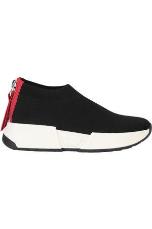 DKNY Sneakers & Deportivas