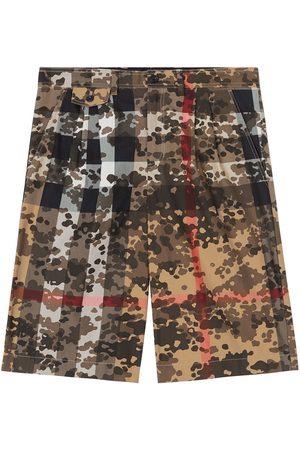 Burberry Bermudas de vestir con motivo militar
