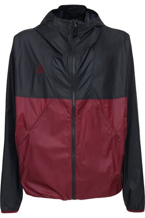 Nike | Hombre Acg Lightweight Hooded Nylon Jacket /beetroot Xs
