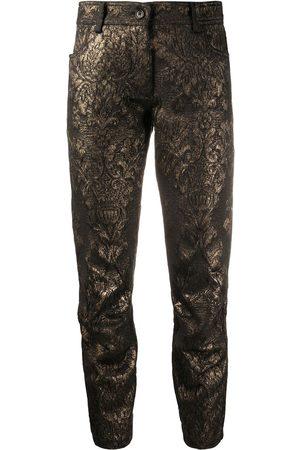 ANN DEMEULEMEESTER Mujer Pantalones capri y midi - Pantalones capri con costuras metalizadas