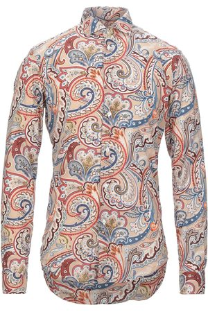 Brian Dales Camisas
