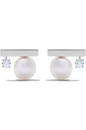 Tasaki Pendientes Petit Balance Class en oro blanco de 18kt con diamantes