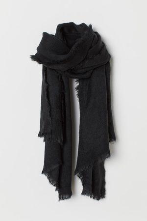 H&M Bufanda en tejido peludo