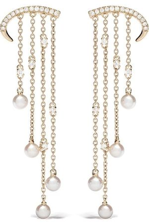 Yoko London Pendientes Sleek en oro amarillo de 18kt con perlas de Akoya y diamantes