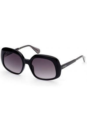 Max&Co. MO0018 01B Shiny Black