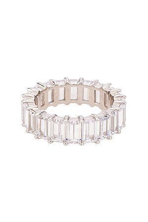 The M Jewelers Anillo emerald cut pave en color metálico talla 5 en - Metallic Silver. Talla 5 (también en 6, 7