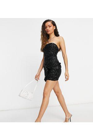 Club L London Vestido de lentejuelas corto con escote palabra de honor y detalle de pajarita extragrande de