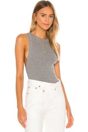 The Line By K Camiseta tirantes ximeno en color gris talla L en - Grey. Talla L (también en XS, S, M).