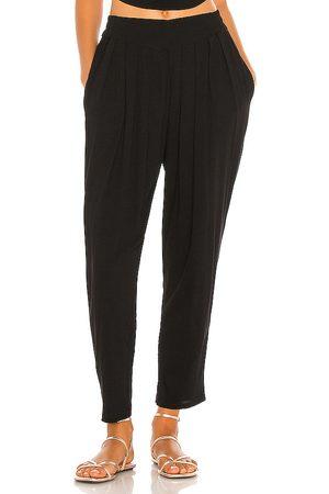 Indah Pantalón con trabillas tanah en color talla M/L en - Black. Talla M/L (también en S/M, XS/S).