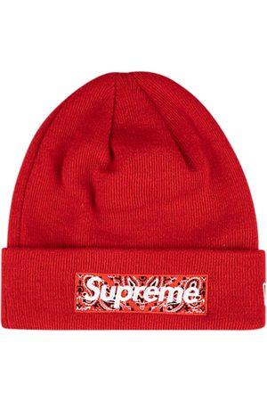 Supreme Gorro con logo de x New Era