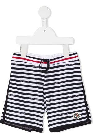 Moncler Pantalones cortos de deporte a rayas