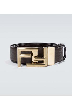 Fendi Cinturón con hebilla FF de piel