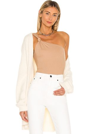 Lovers + Friends Body blanche en color beige talla L en - Beige. Talla L (también en M, S, XL, XS, XXS).