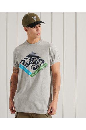 Superdry Hombre Estampadas - Camiseta de corte holgado con estampado gráfico Mountain