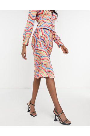 Never Fully Dressed Falda lencera con estampado arcoíris de estilo baldosa de satén de (parte de un conjunto(