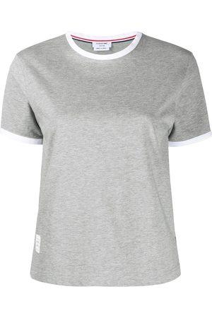 Thom Browne Camiseta con dobladillo irregular
