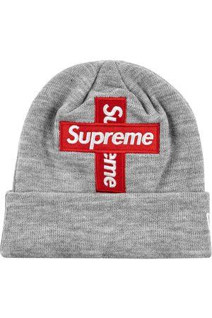 Supreme Gorro New Era con logo