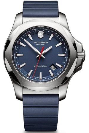 Victorinox Reloj analógico 241688.1, Quartz, 43mm, 20ATM para hombre