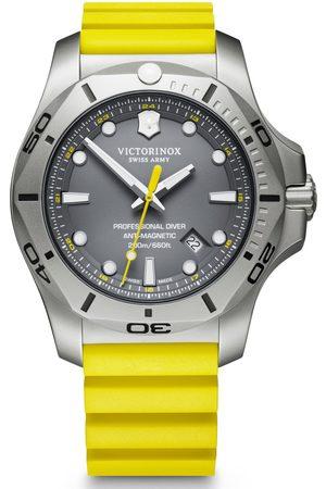 Victorinox Reloj analógico 241844, Quartz, 45mm, 20ATM para hombre