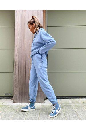 ASOS Joggers azules lavados extragrandes con logo de (parte de un conjunto)