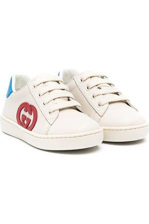 Gucci Zapatillas bajas con parche del logo