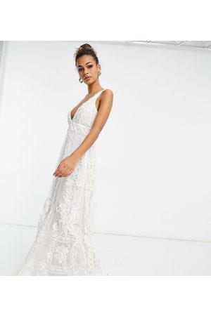 A Star Is Born Vestido de novia color escotado con diseño adornado exclusivo de -Blanco