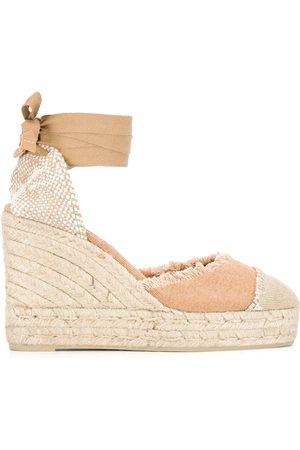 adidas Zapatos con tacón medio deshilachados