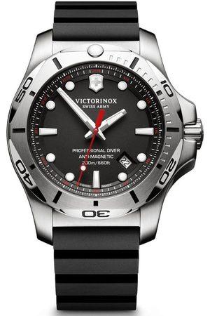 Victorinox Reloj analógico 241733, Quartz, 45mm, 20ATM para hombre