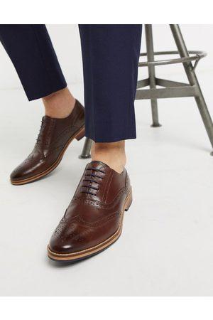 ASOS Zapatos Oxford en cuero con suela natural y detalles de color de
