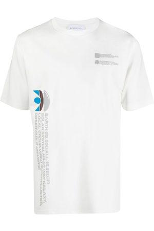 Xander Zhou Camiseta Milky Way
