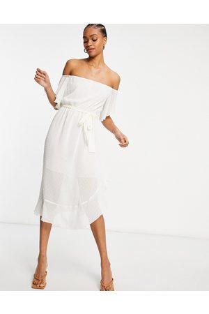 River Island Vestido largo blanco con escote Bardot de