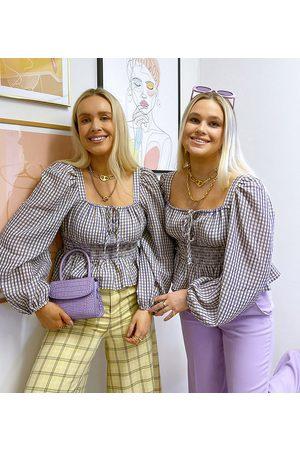 Labelrail Blusa estilo mesonera a cuadros pequeños con cintura marcada fruncida de x Olivia & Alice-Blanco