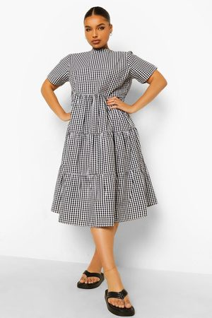 Boohoo Mujer Mini y ajustados - Plus Gingham Print Tiered Midi Smock Dress
