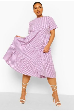 Boohoo Mujer Mini y ajustados - Plus Gingham Print Tiered Midi Smock Dress, Purple