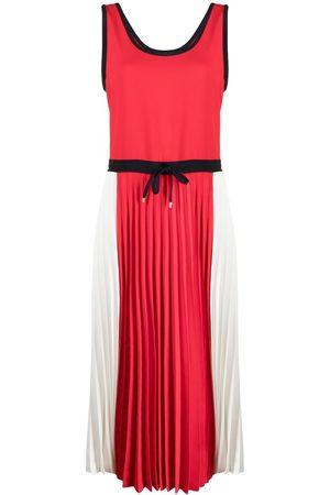 Tommy Hilfiger Vestido plisado con diseño colour block