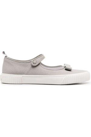 Thom Browne Mujer Zapatillas deportivas - Zapatillas tipo Mary Jane con lazo