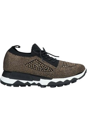 Emanuélle vee Sneakers & Deportivas