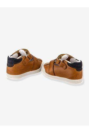Babybotte Sandalias T-bar de piel bebé Poto ® marron claro liso
