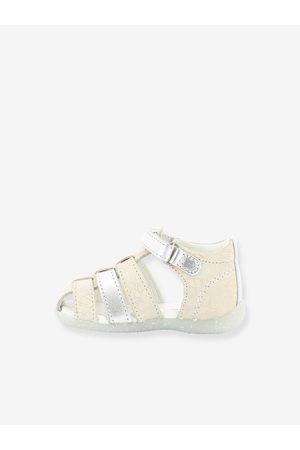 Kickers Sandalias de piel para bebé Bigflo 2 ® claro metalizado